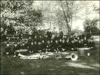 TRI CITY BAND CIRCA 1919.JPG (112484 bytes)